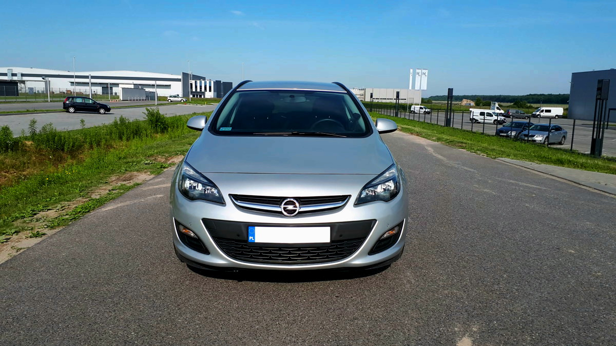 Opel-Astra-Tourer-1.4-turbo-140KM_test_1